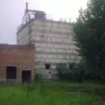 Здание на территории военного аэродрома