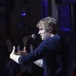 Александр Кулешов в спектакле «Хозяин кофейни»