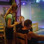 сцена в ночном клубе