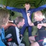 П.Новицкий (справа) всем покажет, какой он сильный спортсмен