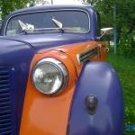 Москвич - 401 во дворе Максима