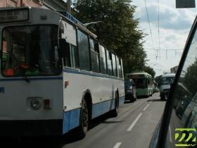 Троллейбусы стояли несколько часов