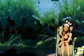 Спектакль «Под водой над мыслями»