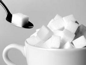С начала года сахар подорожал на 101,6%