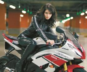 Российская актриса Юлия Снигирь составила компанию Брюсу Уиллису в пятой части «Крепкого орешка».