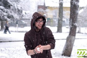 Скоро можно будет наконец поиграть в снежки