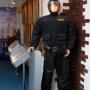 Вход в  исторический зал охраняется надёжно