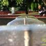 У фонтанов