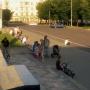 Велосипедисты и мамы с колясками