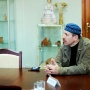 Режиссёр Владимир Петрович на пресс-конференции