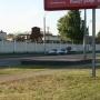 Две машины ГАИ и автозак у стоянки возле автовокзала